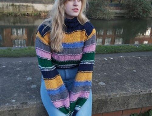 Swetry robione na drutach